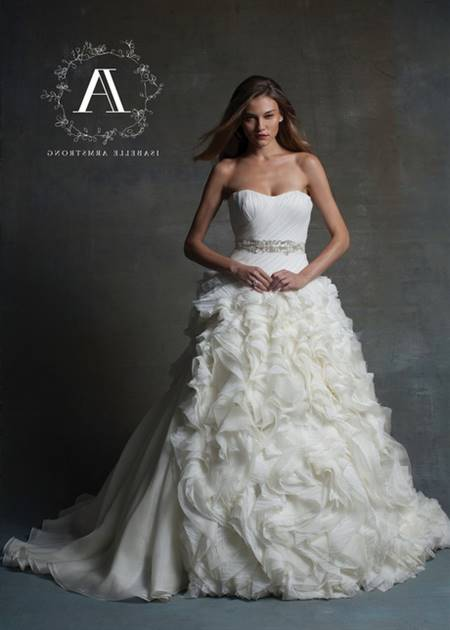Wedding gowns couture