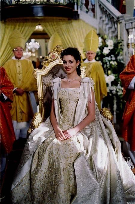 anne hathaway wedding dress princess diaries