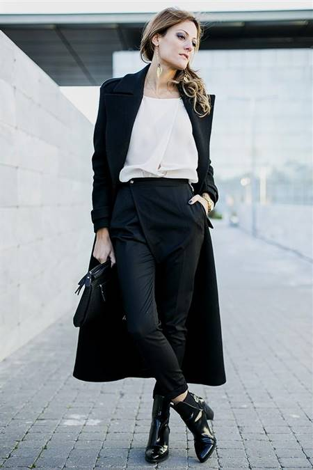 black and white casual dress code
