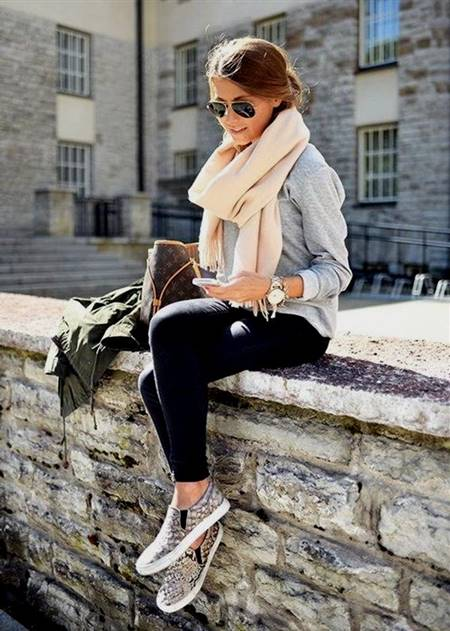 casual dressing style for college girls