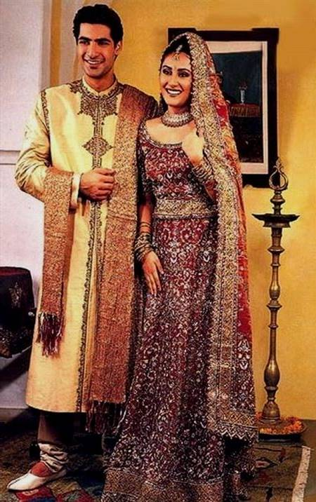 indian traditional dresses for men and women