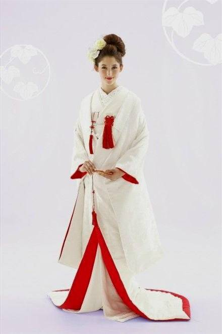 japanese traditional wedding dress