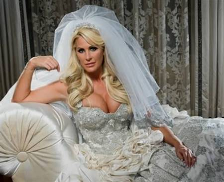 kim zolciak wedding dress