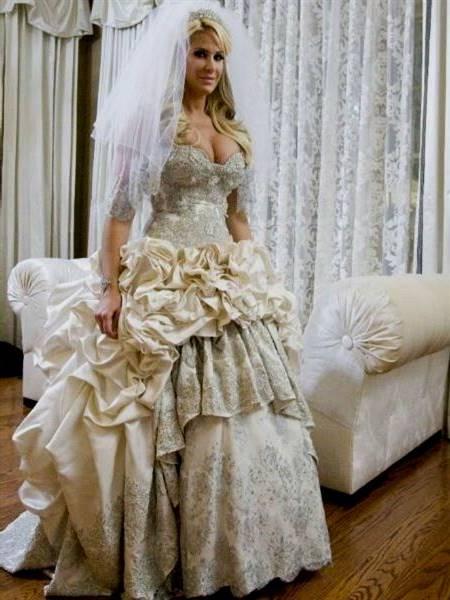 kim zolciak wedding dress
