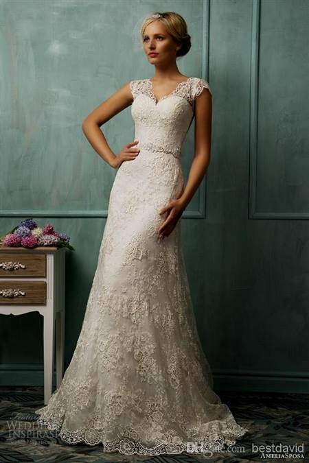 lace wedding gowns with straps