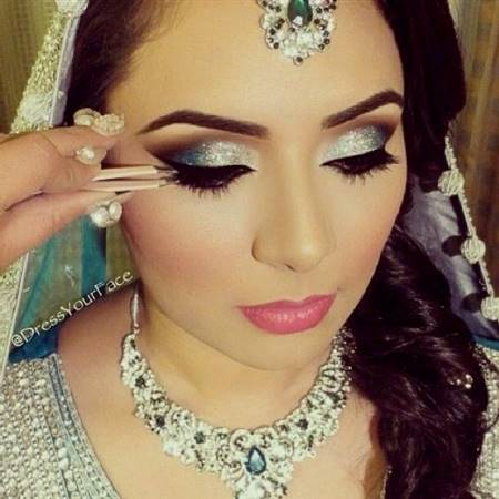 makeup for blue indian dress
