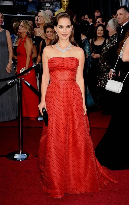 natalie portman red carpet dresses