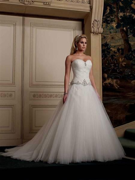 princess wedding dress sweetheart neckline