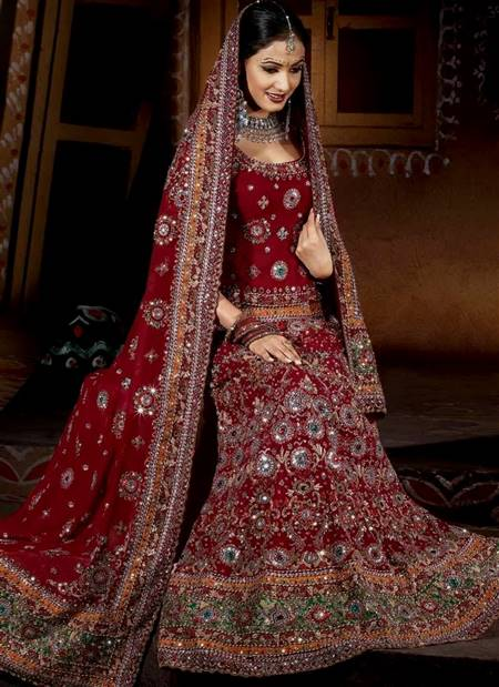 red and gold indian wedding dresses