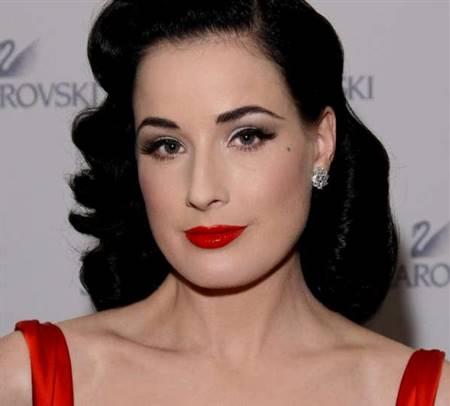 red dress eye makeup