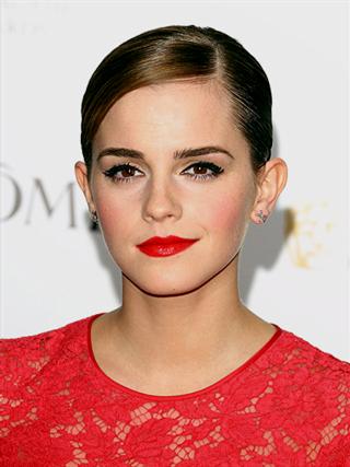 red dress makeup tips