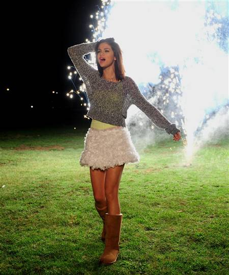 selena gomez dresses in hit the lights