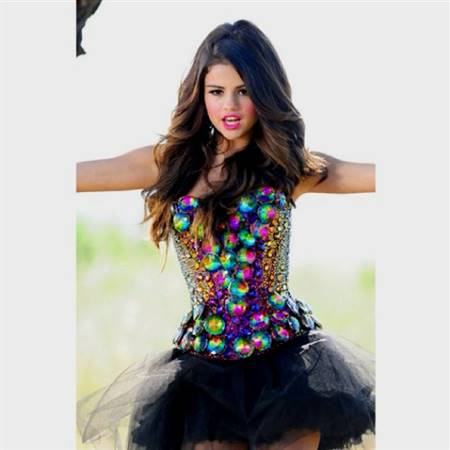 selena gomez dresses in love you like a love song