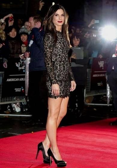 short black lace dress red carpet