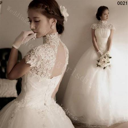 simple wedding dress designs with sleeves