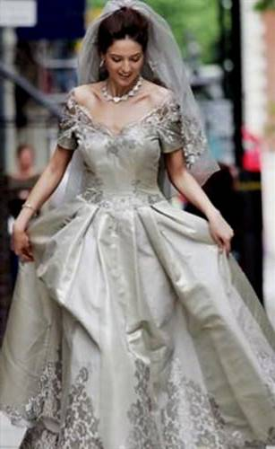 top 10 most beautiful wedding dresses in the world