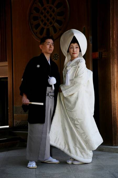 traditional japanese wedding dresses