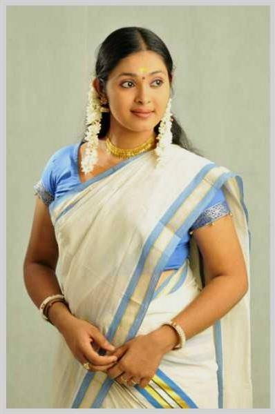 traditional kerala dress for women