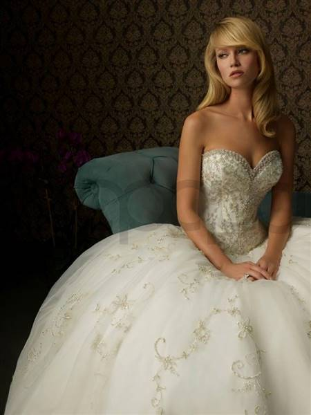 wedding dresses ball gown sweetheart neckline