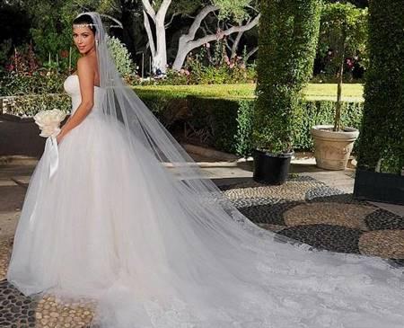 8a373b5d188a3 wedding dresses vera wang kim kardashian | B2B Fashion