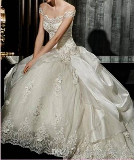 white victorian ball gowns