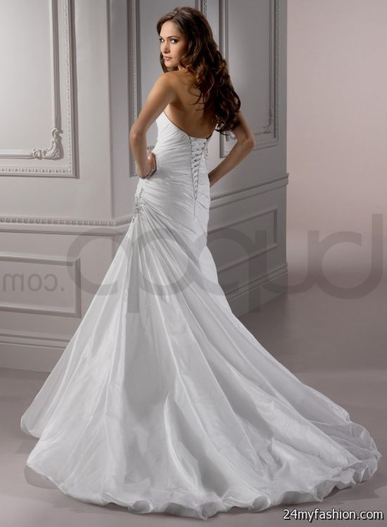 sweetheart neckline fit and flare wedding dresses review